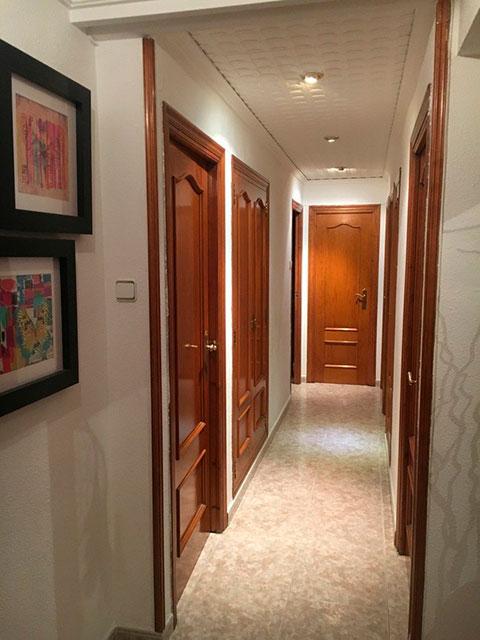 Encantador piso completamente reformado en la zona de Santa Rosa-pasillo 2