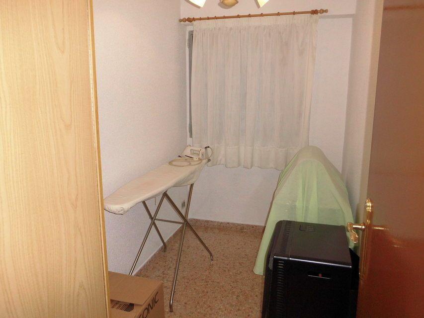 Encantador piso con 4 habitaciones en la zona de Santa Rosa-habitacion