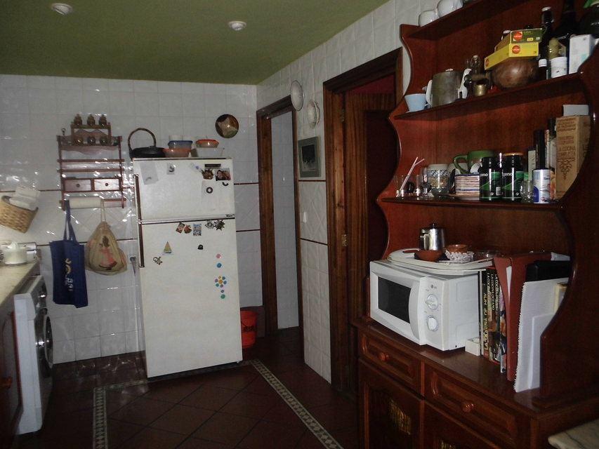 Encantador piso con salón con chimenea en la zona de Santa Rosa-cocina 3