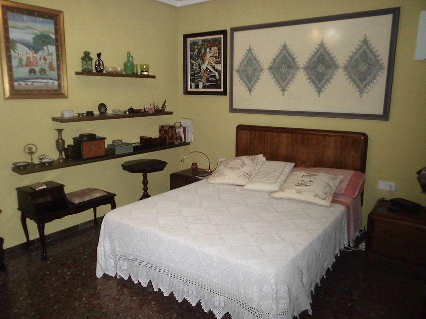 Encantador piso con salón con chimenea en la zona de Santa Rosa- habitacion 4