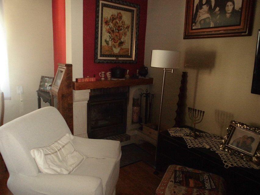 Encantador piso con salón con chimenea en la zona de Santa Rosa-salon 2