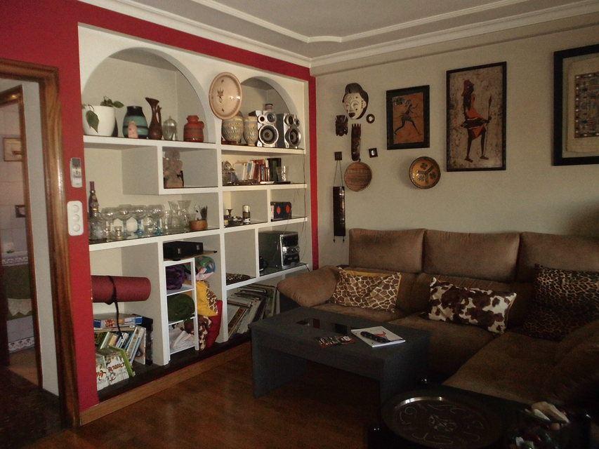 Encantador piso con salón con chimenea en la zona de Santa Rosa-salon 3