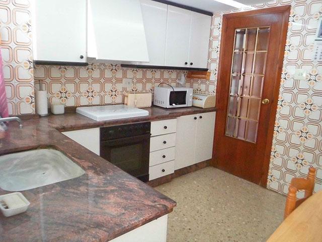 Encantador piso en venta con trastero en Santa Rosa-cocina