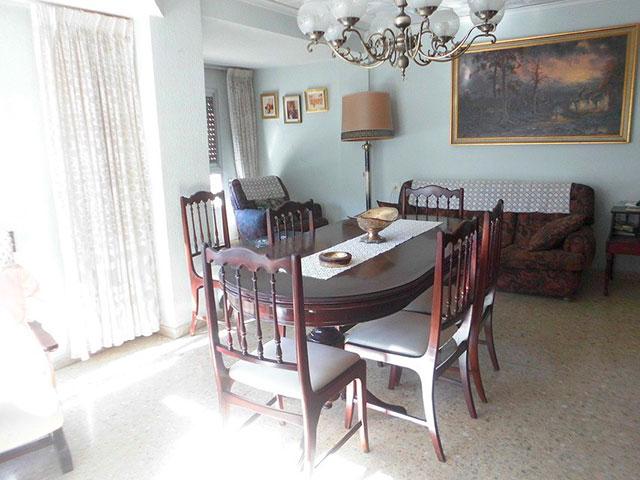 Encantador piso en venta con trastero en Santa Rosa-salon 2