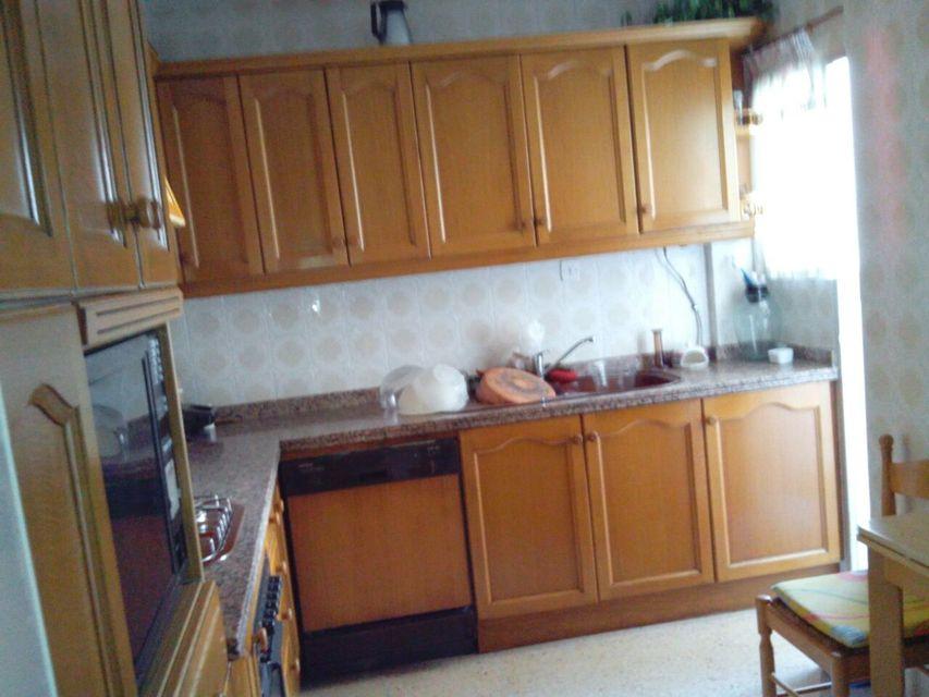Encantadoras vistas del piso en venta en la zona de Santa Rosa-cocina 2
