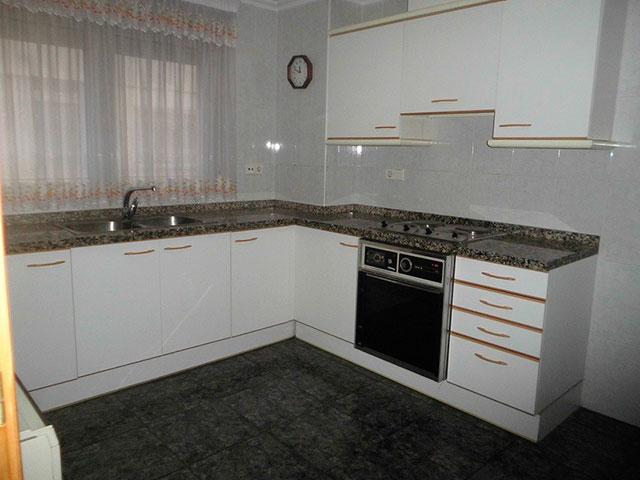 Espacioso piso en Ensanche-cocina