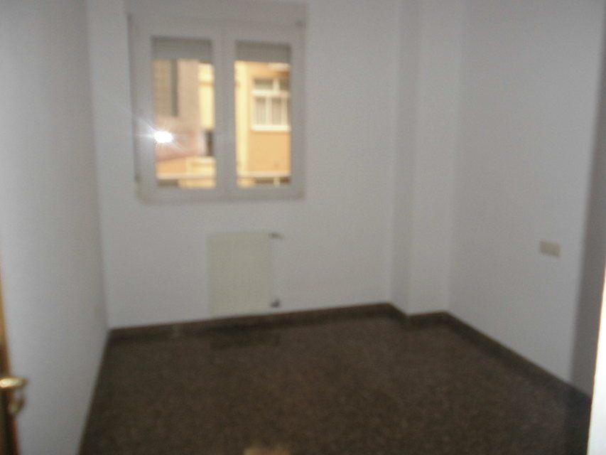 Espacioso piso en Ensanche-habitacion 1
