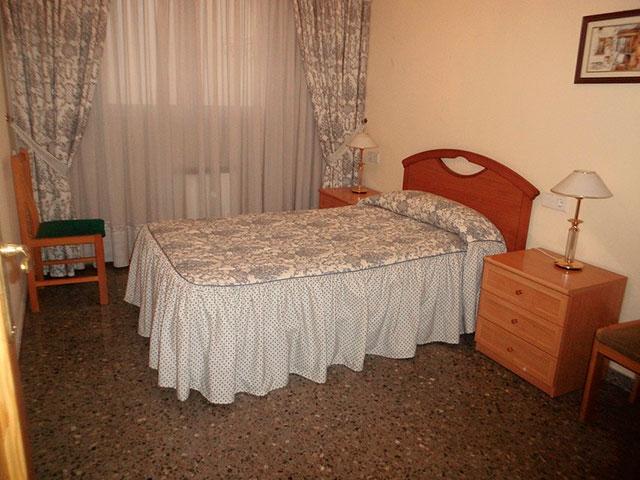 Espacioso piso en Ensanche-habitacion 5
