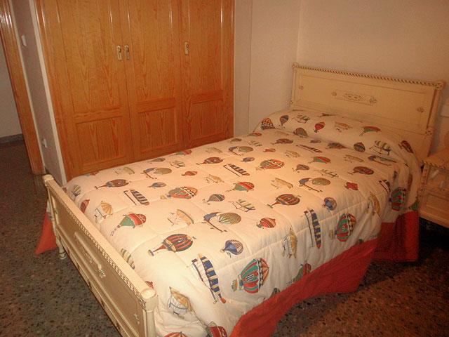 Espacioso piso en Ensanche-habitacion 6