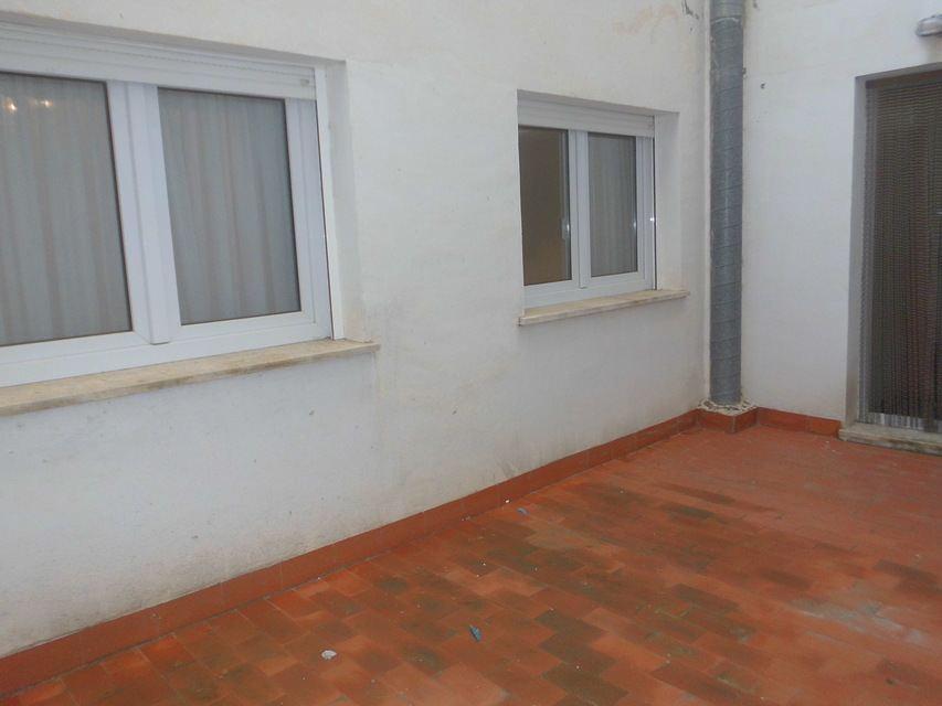 Espacioso piso en Ensanche-patio de luces 2