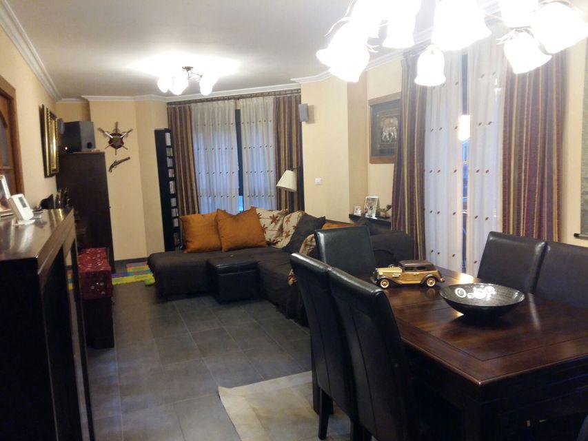 Espacioso piso en venta con vistas en zona Centro-salon 2