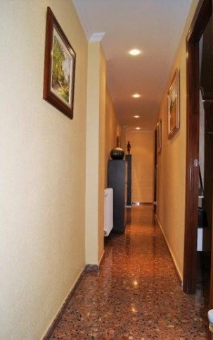 Espectacular piso en venta con calefacción en Santa Rosa-pasillo 4