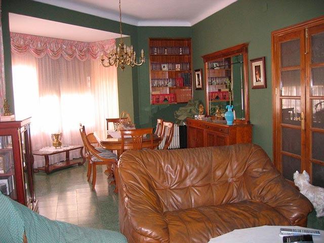 Excelente piso con caldera en zona Centro-salon