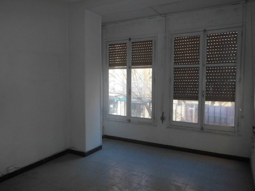 Gran domicilio para reformar en Ensanche-salon 2