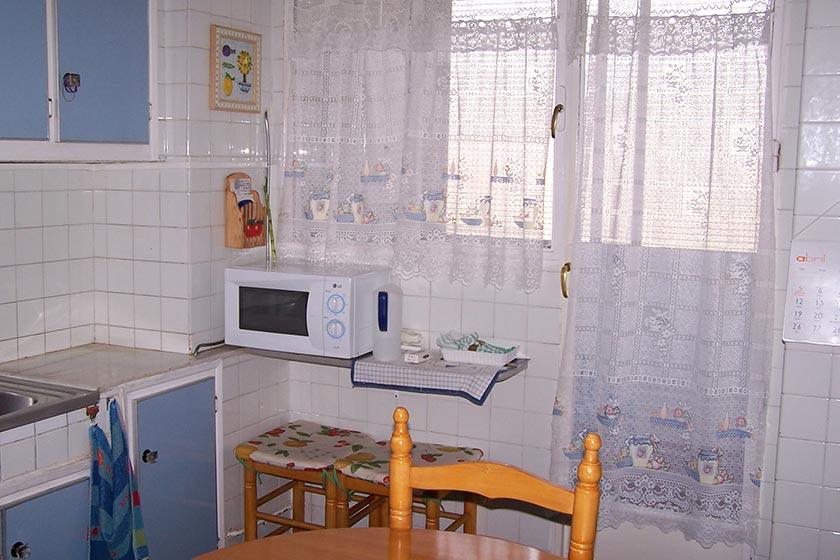 Gran vivienda con agradables vistas en Ensanche-cocina