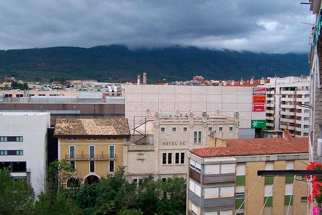 Gran vivienda con agradables vistas en Ensanche-vistas 2