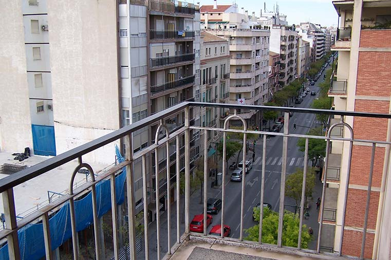 Gran vivienda con agradables vistas en Ensanche-vistas 3