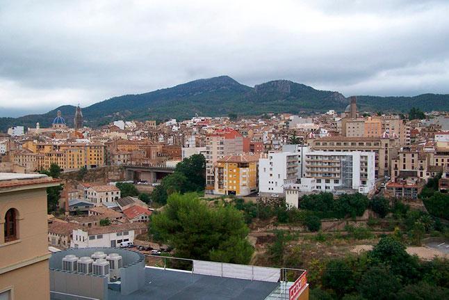Gran vivienda con agradables vistas en Ensanche-vistas 4