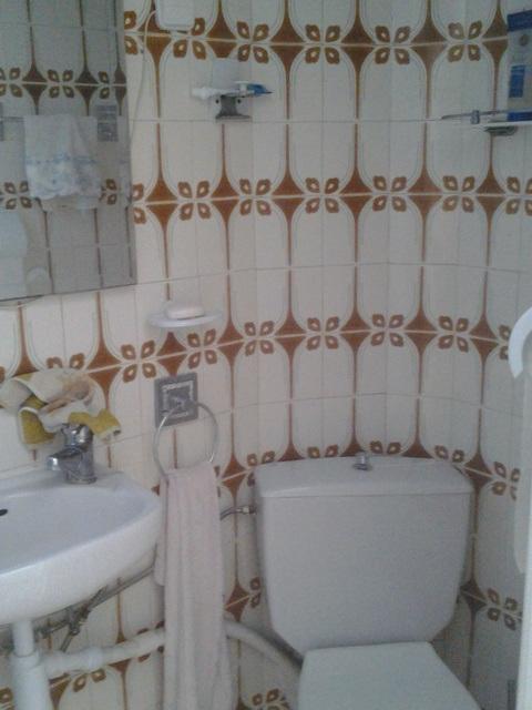 Gran vivienda para reformar en Ensanche-banyo 3