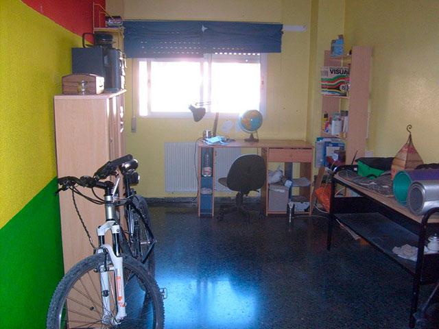 Hogar con plaza de garaje en Ensanche-habitacion 2