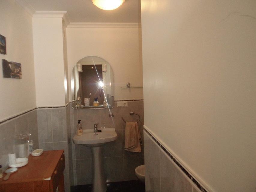Increíble piso en venta con calefacción de gasóleo en zona Centro-banyo 2