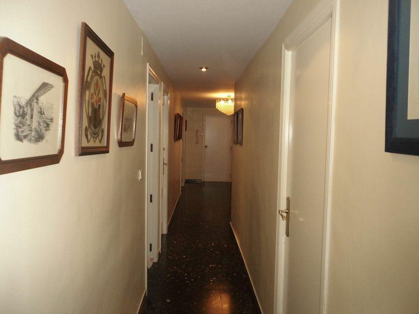 Increíble piso en venta con calefacción de gasóleo en zona Centro-pasillo 3