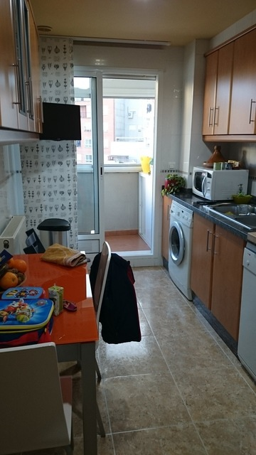 Magnifico piso con preciosa carpintería en Zona Centro-cocina
