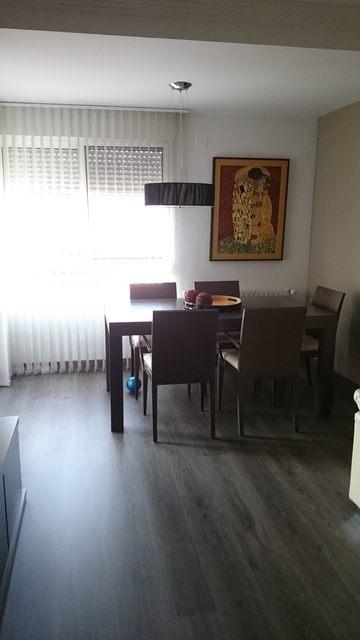 Magnifico piso con preciosa carpintería en Zona Centro-comedor