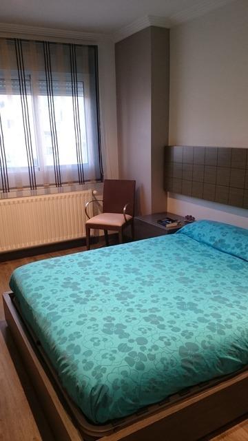 Magnifico piso con preciosa carpintería en Zona Centro-dormitorio