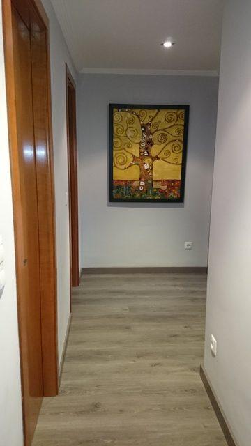 Magnifico piso con preciosa carpintería en Zona Centro-pasillo