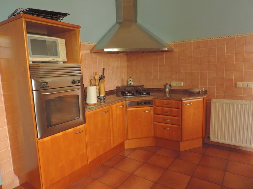 Maravilloso-duplex-de-6-habitaciones-en-Zona-Centro-cocina1
