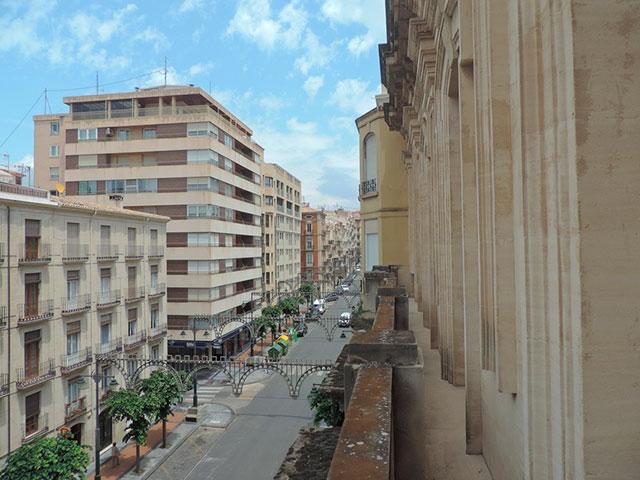 Maravilloso-duplex-de-6-habitaciones-en-Zona-Centro-fachada