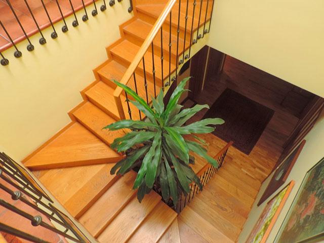Maravilloso-duplex-de-6-habitaciones-en-Zona-Centro-piso2
