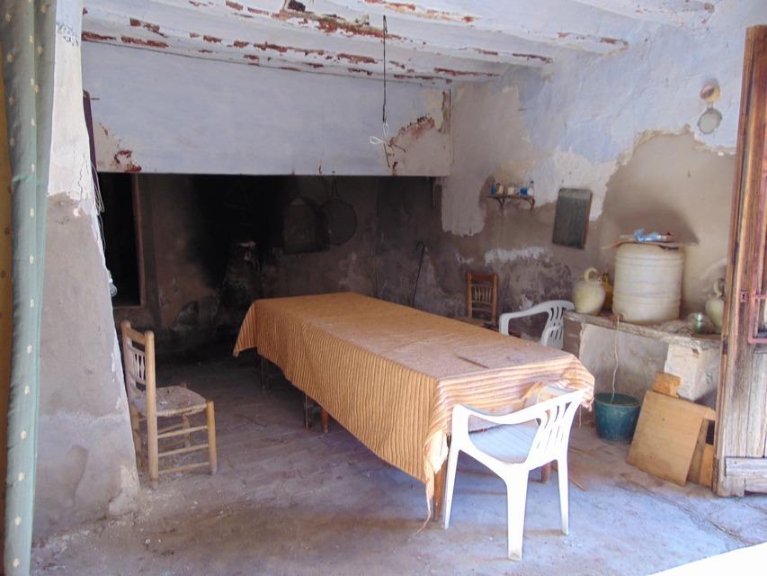 Masía-Rústica-en-venta-Mariola-interior-para-rehabilitar