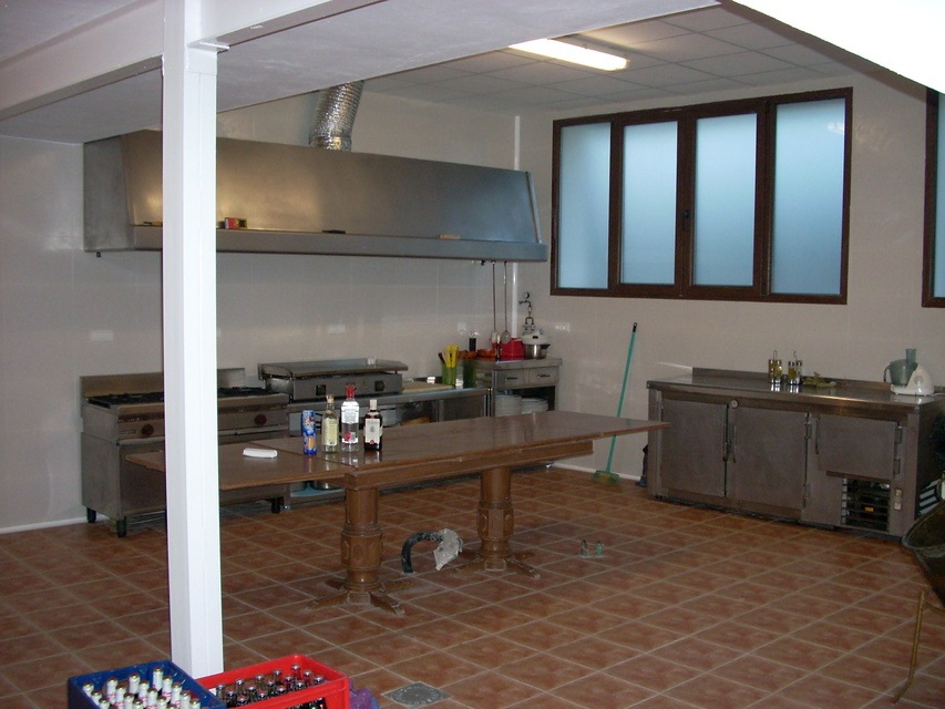 Masía-hotel-rural-en-venta-en-Bocairente-Cocina-del-restaurante