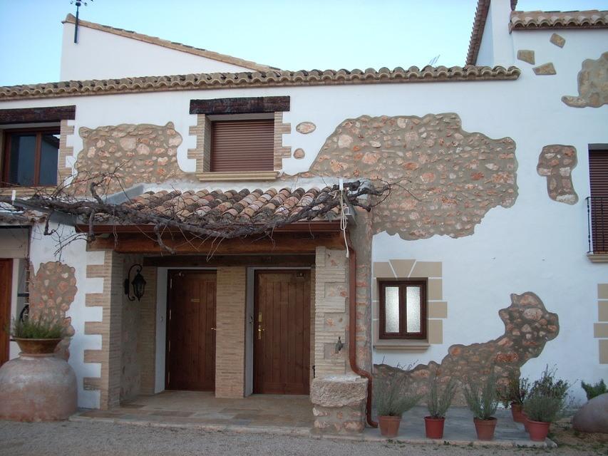 Masía-hotel-rural-en-venta-en-Bocairente-Entrada