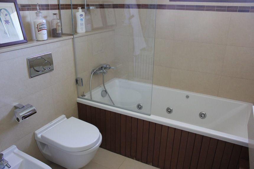 Masía-rústica-en-Estepar-baño-3