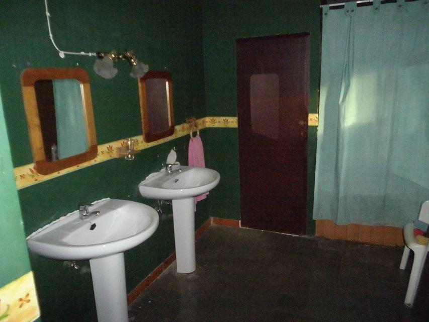 Masía-rústica-en-la-Fuente-Roja-baños