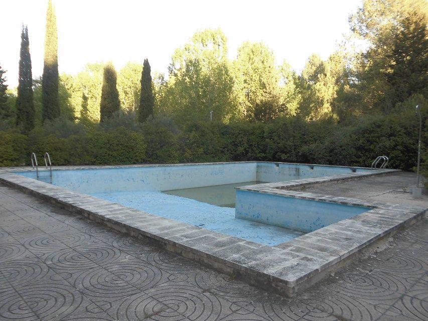 Masía-rústica-en-la-Fuente-Roja-piscina
