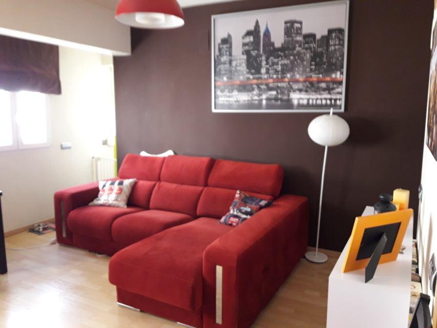 Moderna casa ya amueblada en Ensanche-salon 3