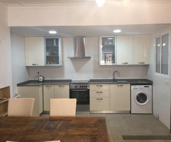 Moderno y bonito piso en pleno centro de Alcoy-cocina