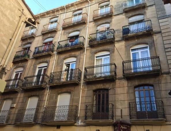 Moderno y bonito piso en pleno centro de Alcoy-fachada