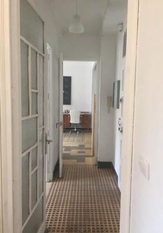 Moderno y bonito piso en pleno centro de Alcoy-pasillo