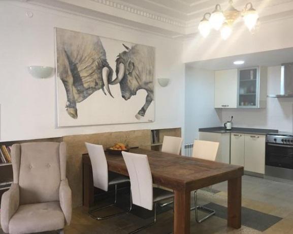 Moderno y bonito piso en pleno centro de Alcoy-salon cocina