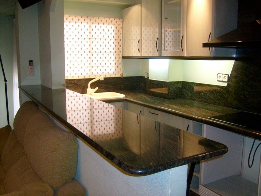 Muy acogedor piso todo reformado en Santa Rosa-cocina 3