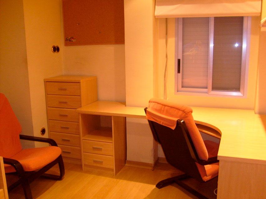 Muy acogedor piso todo reformado en Santa Rosa-despacho