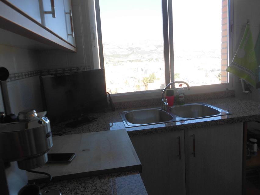 Piso con excelentes vistas en la Zona Alta-cocina 2