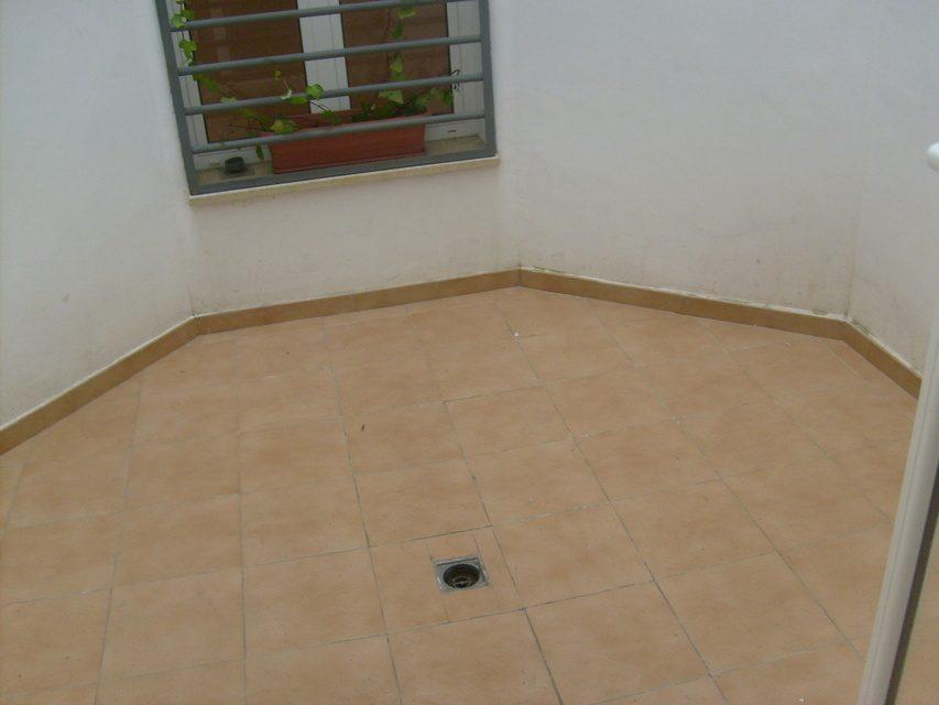 Piso con suelo de parque y calefacción Zona Centro-patio-1