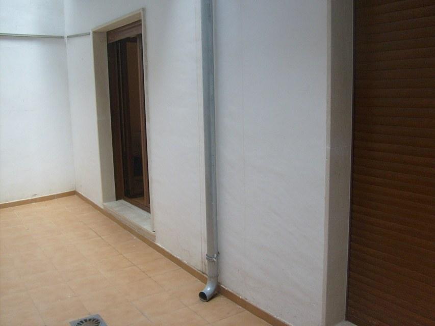 Piso con suelo de parque y calefacción Zona Centro-terraza-8