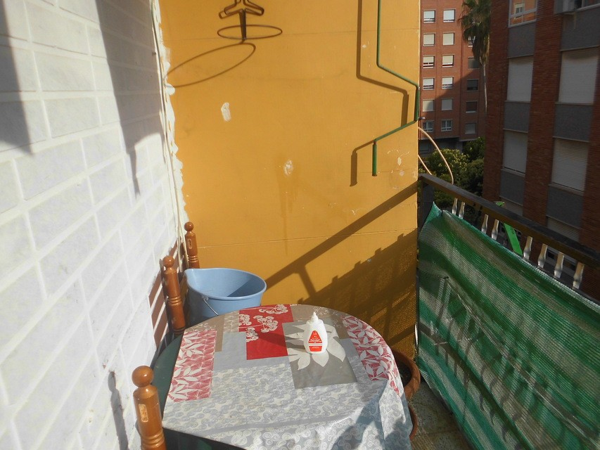 Piso-con-terraza-comunitaria-en-venta-en-la-zona-de-Santa-Rosa-terraza